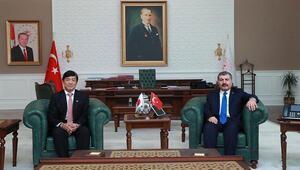 Bakan Koca, Japon Büyükelçi ile koronavirüsü konuştu