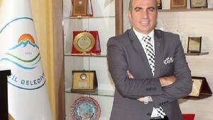 Görevden alınan HDP'li Eğil Belediye Başkanı Akkul, tutuklandı
