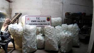 İzmirde 2 bin 500 litre sahte dezenfektan ele geçirildi