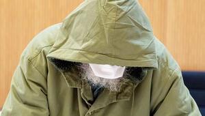 Koronavirüsten korkan sapık, mahkemeye maskeyle geldi