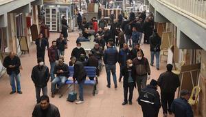 İzmirde Nakliyeciler Sitesinde endişelendiren kalabalık