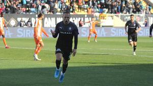 Altay'ın gol kralı Marco Paixao: Türkiyede güvendeyiz