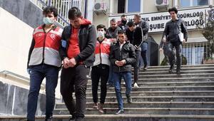 İstanbulda telefon dolandırıcılığı yapan 5 kişiden 4ü tutuklandı