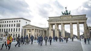 Almanya'nın tercihi 'sosyal mesafe'