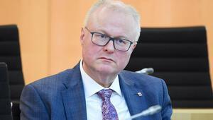 Hessen Maliye Bakanı Schaefer intihar etti