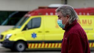 Son dakika haberi: İspanyada son 24 saatte 838 kişi daha öldü
