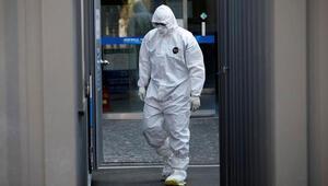 Fransa'da eski Bakan, koronavirüsten hayatını kaybetti