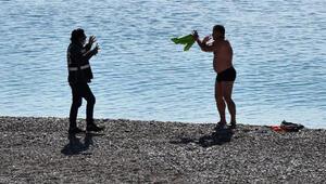 Rus turist denizden çıkartılıp oteline gönderildi