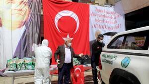 Dükkanlarını kapatan esnafa Feke Belediyesinden yardım eli