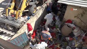 Mersinde bir evden 15 ton çöp çıktı