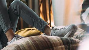Koronavirüsten Korunmak İçin Ayakkabı ve Terlik Temizliği Nasıl Olmalı