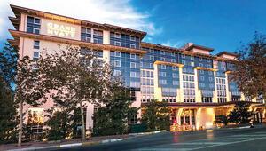 Otelini sağlık çalışanlarına açtı