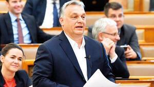 Orban'a süresiz Covid-19 yetkisi  muhalefeti kızdırdı