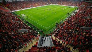 Göztepe yeni stadında sadece 3 maçta seyircisiyle buluşabildi