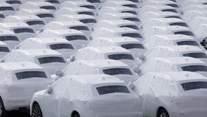 Otomobil fiyatları düşer mi