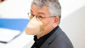 Maske tartışması Almanya'yı bölüyor