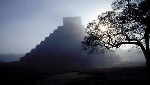 Obruk Gölü üzerindeki gizemli Maya piramidi: El Castillo
