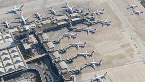 Dikkat çeken fotoğraflar... Atatürk Havalimanı uçaklarla doldu