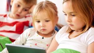 Türkiye'de ebeveynler internetteki zararlı içeriklerden endişe duyuyor