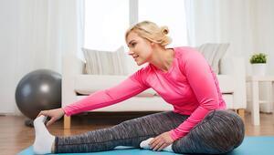 Evde sağlıklı kalmanın formülü haftada en az 3 gün egzersiz