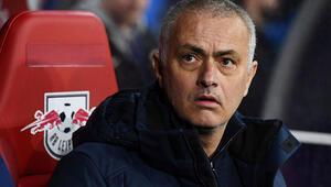 Mourinho, milli futbolcumuz Zeki Çeliki istiyor