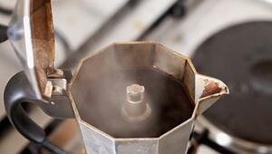Evde moka pot ile espresso nasıl yapılır