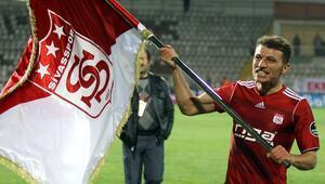 Sivassporun en istikrarlı ismi Ziya Erdal 10 yıldır kulübe hizmet veriyor...