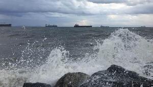 Meteorolojiden Ege Denizi ve Batı Akdenizde fırtına uyarısı