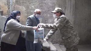 MSB: Mehmetçiğimiz Covid-19 ile mücadelede milletimizin yanında