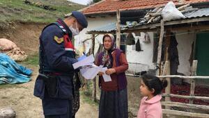 Niğde'de sosyal yardım ödemeleri evlere dağıtılmaya başlandı