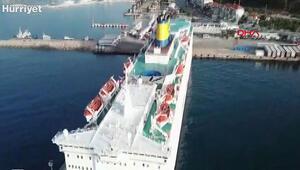 Yunanistanda demirli gemideki 65 Türk yolcunun koronavirüs testi pozitif çıktı