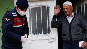 Kastamonuda yaşlı adamdan askere dua