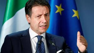İtalyada Başbakanı Contenin yakın koruması Kovid-19dan hayatını kaybetti