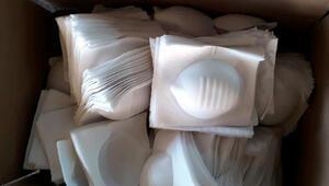Zeytinburnu'nda kaçak maske üretimine polis ve zabıtadan baskın