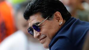 Maradonadan alkışlanacak hareket Corona virüs nedeniyle...