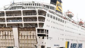 54 Türk'e koronalı gemiden tahliye