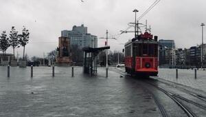 Nostaljik tramvay son seferlerini yapıyor