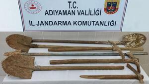Besni'de kaçak kazıya 6 gözaltı