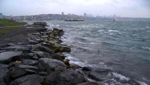 İstanbulda fırtına etkili oluyor