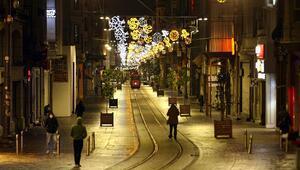 İstanbulun tarihi ve turistik mekanları koronavirüs nedeniyle sakin