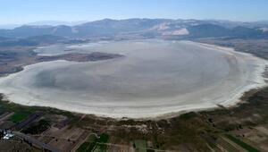 60 yılda, Van Gölünün üç katı göl kurudu