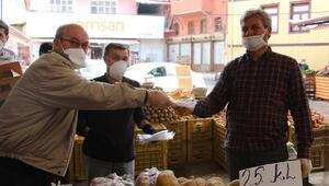 Esnaf Kefaletten pazar esnafına maske ve eldiven desteği