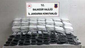 Balıkesirde 9 bin 850 adet kaçak maske ele geçirildi