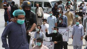 Pakistanda en yüksek sayıda günlük Kovid-19 vakası kayda geçti