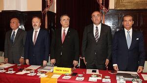 Galatasarayda görüşmeler başlıyor Maaş fedakarlığı...