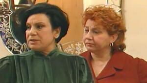 Ferhunde Hanım oyuncuları kimdir Sevilen dizi Ferhunde Hanım ve Kızları oyuncuları
