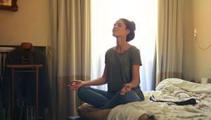 Karantina Günlerinde Psikolojiyi Korumanın Üç Yolu: İletişim, Hareket ve Uyku