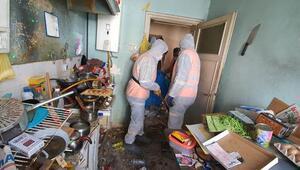 Vatandaşın çöp ev inadı