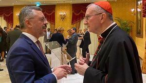 Vatikan Başbakanı Parolin ile Büyükelçi Göktaş telefonda görüştü