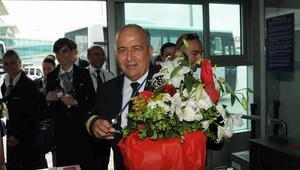 Emekli pilot Corona Virüsten hayatını kaybetti